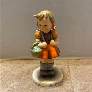 "Goebel Hummel ""School Girl"" International Figurine"